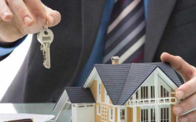 La banca facilita la concesión de hipotecas y algunas entidades asumen los nuevos costes